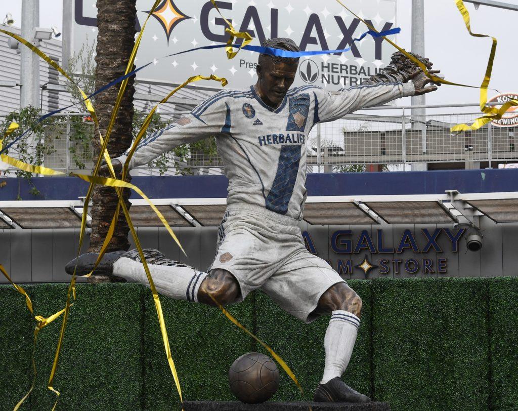 Esta es la nueva estatua de David Beckham