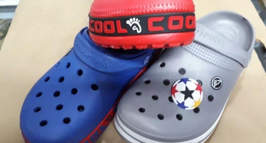 Zapatos tipo crocs