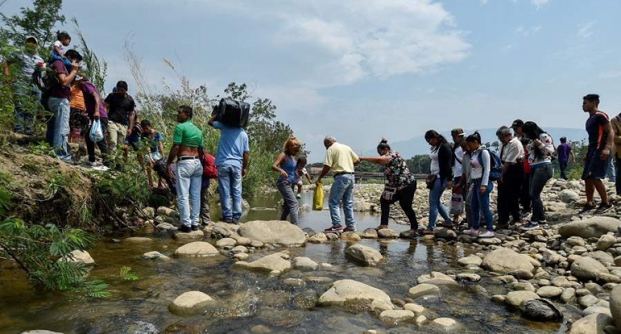 Venezolanos migrando