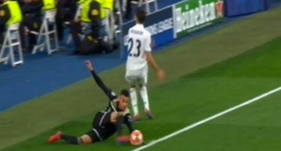 Jugada polémica en Real Madrid vs. Ajax