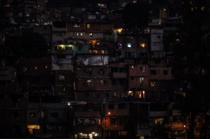 Barrio venezolano sin luz