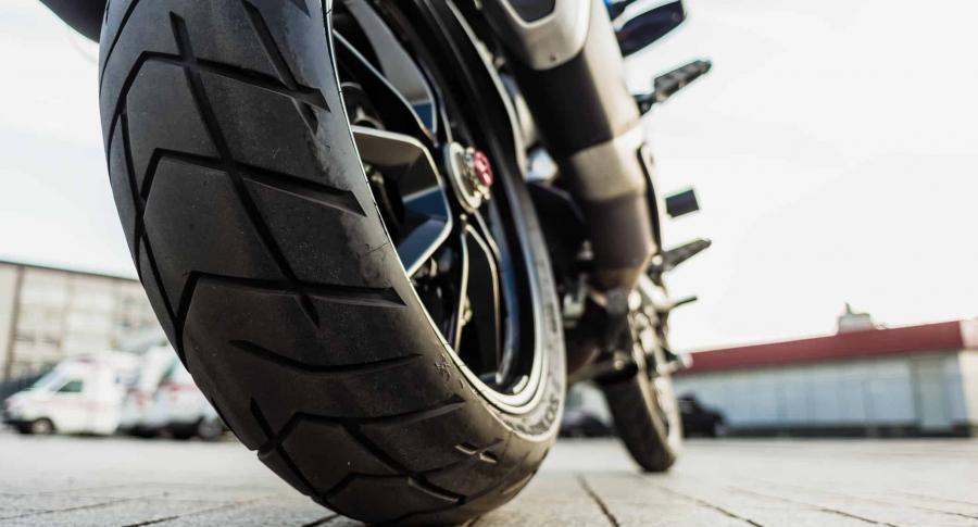 Rueda de moto.
