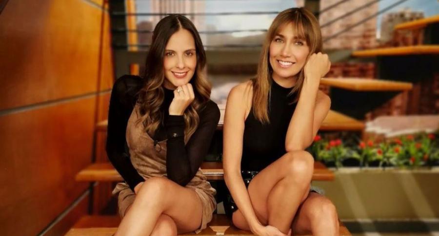 Laura Acuña y Adriana Betancur, presentadoras.
