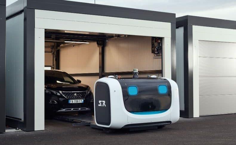 Robot que paquea vehículos