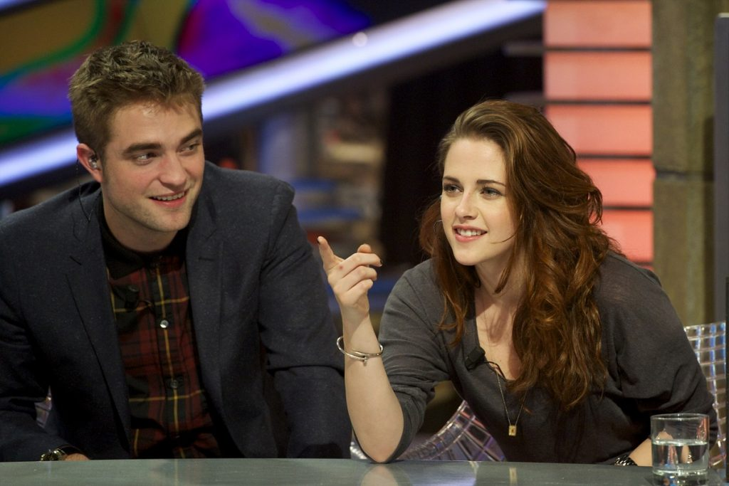 Robert Pattinson y Kristen Stewart , actores.