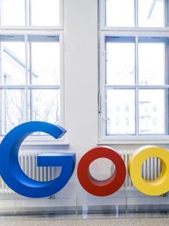 """Estos padres llamaron a su bebé Google, para que en un futuro """"ayude a los demás"""""""