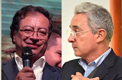 Los senadores Gustavo Petro y Álvaro Uribe