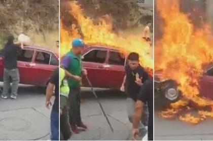 Sujetos queman carro que era inmovilizado
