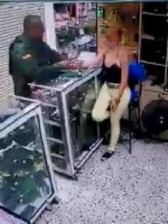 Policía muerto en Medellín
