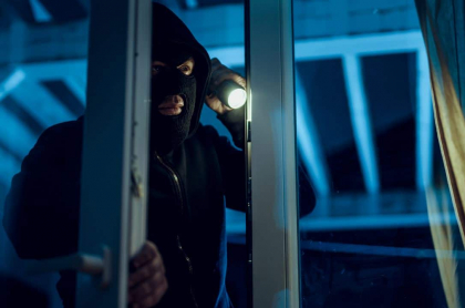 Ladrón ingresa a vivienda