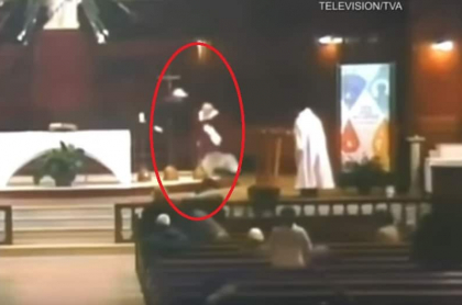 Ataque a padre en iglesia
