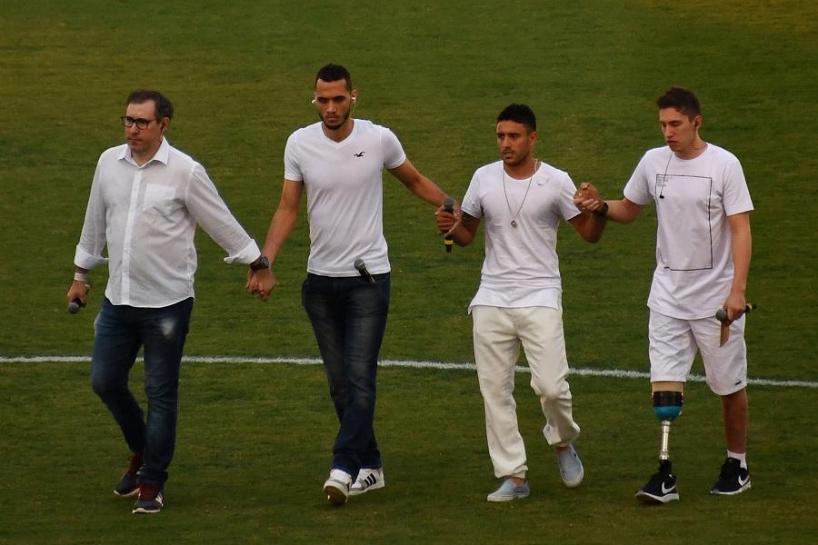 Rafael Henzel, Helio Hermito Zampier Neto, Alan Ruschel and Jakson Follmann, en el estadio Arena Conda