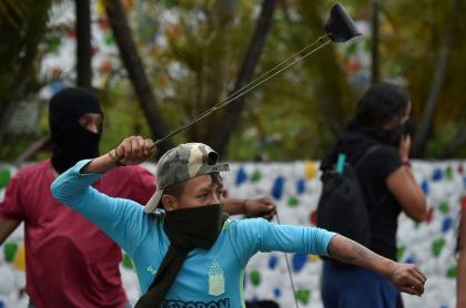 Indígena en minga del Cauca