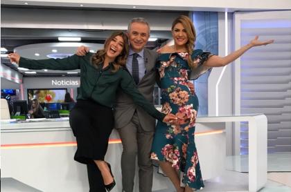 Andrea Jaramillo, Juan Eduardo Jaramillo y Ana Karina Soto, presentadores.