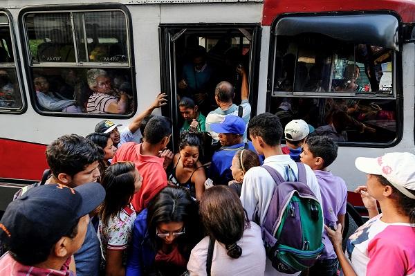 Transporte en Caracas durante apagón