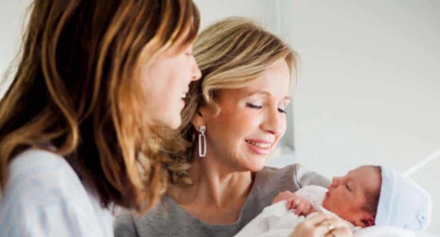 Mujeres con un bebé.