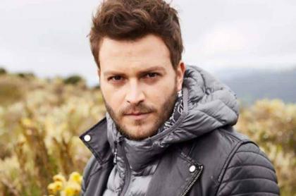 Gusi, cantante colombiano.