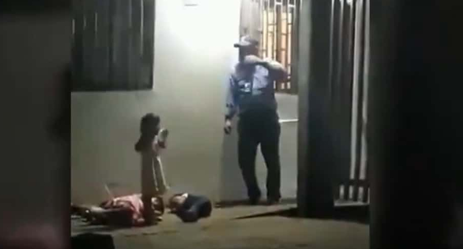 Niños durmiendo en la calle