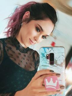 Isabella Santodomingo, escritora y actriz, y Kika Nieto, 'youtuber'.