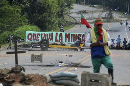 Indígenas bloquean la vía Panamericana