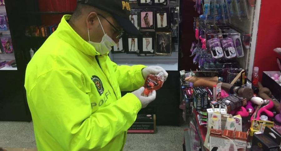 Operativo en 'sex shop'