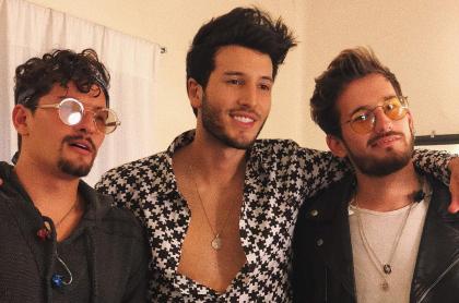 Mau, Sebastián y Ricky