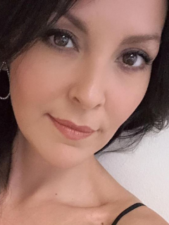Carolina Gómez, exreina.