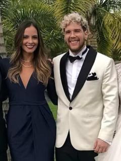Laura Acuña, presentadora, con su esposo, el empresario Rodrigo Kling; y la actriz Danielle Arciniegas, con su marido, el cantante de Piso 21 David Escobar, 'DIM'.