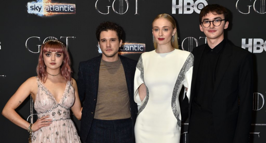 Maisie Williams, Kit Harington, Sophie Turner y Isaac Hempstead