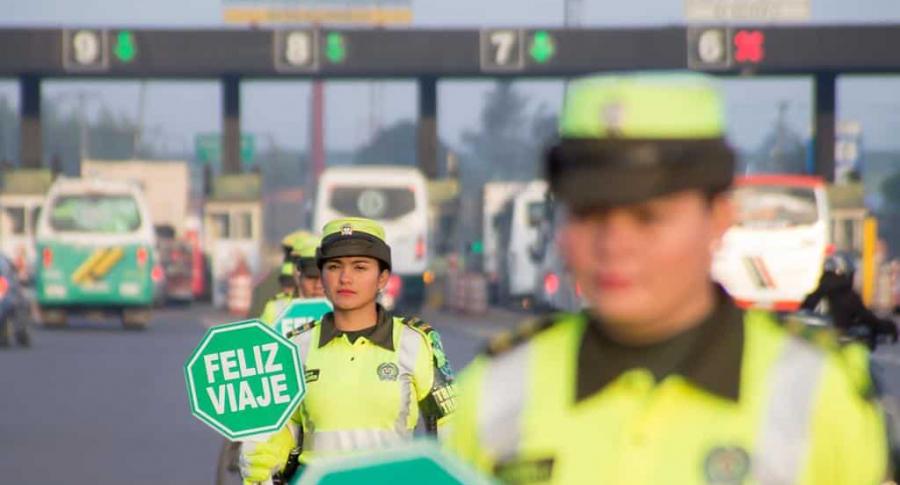 Policías de Tránsito en las vías
