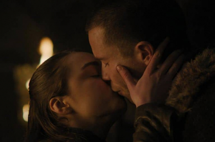 Maisie Williams (Arya Stark) y Joe Dempsie (Gendry)