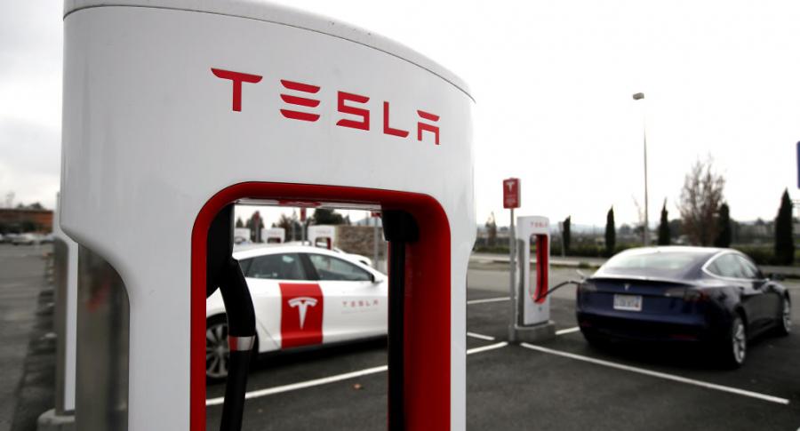 Carro Tesla