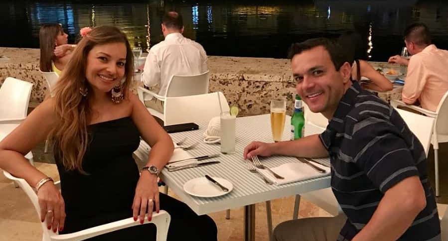 Juan Diego Alvira, presentador, y su esposa Ana María Escobar, periodista.