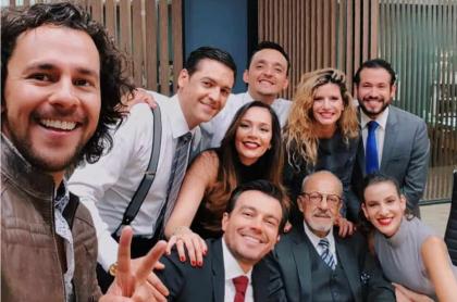 Iván López, Rodrigo Candamil, Lina Tejeiro, Juan Pablo Barragán, Mabel Moreno, Luciano D'Alessandro, 'el Gordo' Bejumea' y Laura Londoño, actores.
