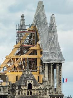 Andamios en Notre Dame