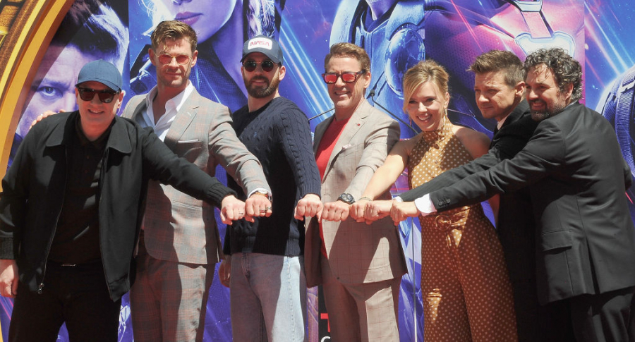 Kevin Feige, Chris Hemsworth, Chris Evans, Scarlett Johansson, Mark Ruffalo y Jeremy Renner
