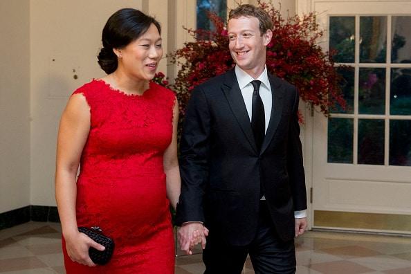 Mark Zuckerberg y su esposa, Priscilla Chan