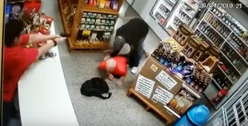 Robo a una tienda.