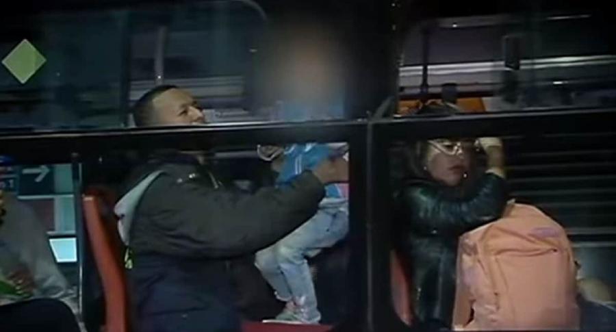 Los pasajeros dentro del bus de TM