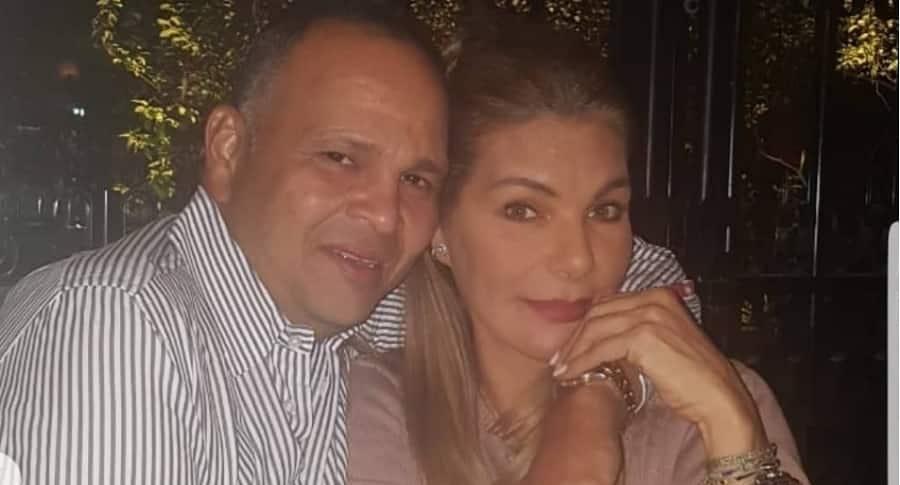 José Guillermo Hernández, ganadero, y su esposa María Mónica Urbina, exreina.