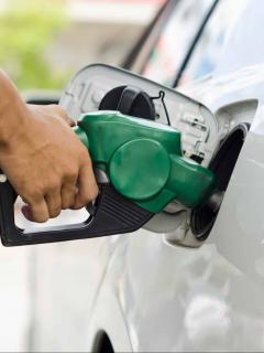 Sellan 9 bombas de gasolina por 'tumbar' a los bogotanos: les dan menos de lo pagado