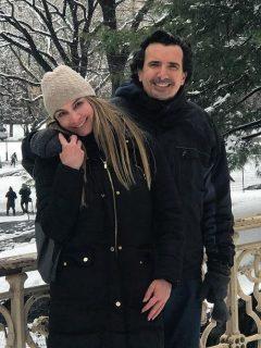 Antonio Sanint, comediante y actor, con Marcela Barajas, entrenadora fitness.