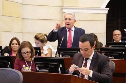 Álvaro Uribe en el Congreso