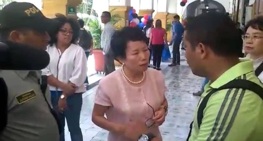 Robo a esposa de embajador en Cartagena