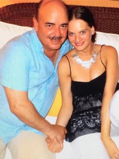 Maia Landaburu, actriz, y Fernando Gaitán, libretista.