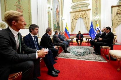 Maduro con representantes UE