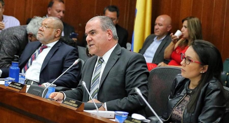 Senador Centro Democrático Carlos Mejía