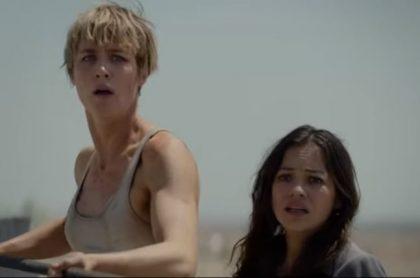 Mackenzie Davis y Natalia Reyes en 'Terminator: Dark Fate'