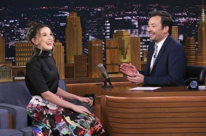 Millie Bobby Brown y Jimmy Fallon