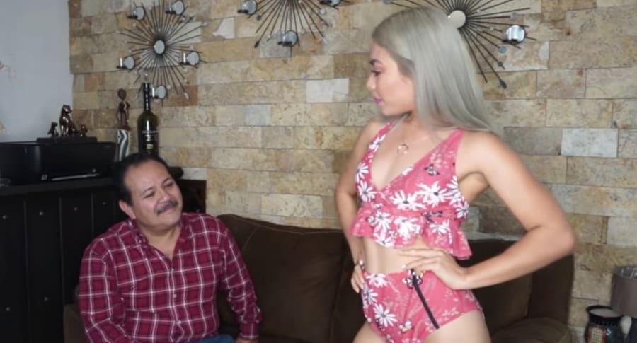 'Youtuber' Rebeca Mendiola con su papá.